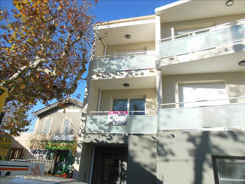 SALON DE PROVENCE - APPARTEMENT RECENT  T1 + TERRASSE - 26.35 m2
