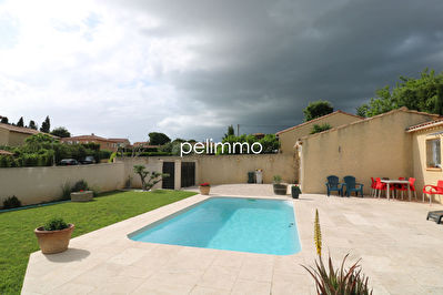 EXCLUSIVITÉ - SALON DE PCE - VILLA + PISCINE + GARAGE 2/5