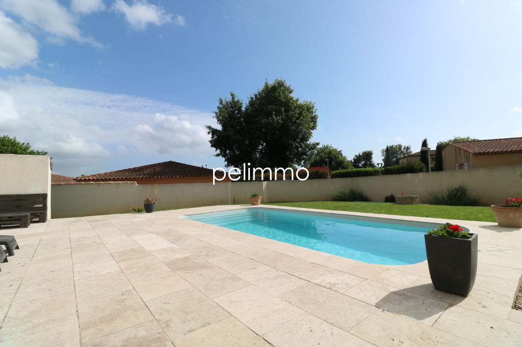 EXCLUSIVITÉ - SALON DE PCE - VILLA + PISCINE + GARAGE 3/5